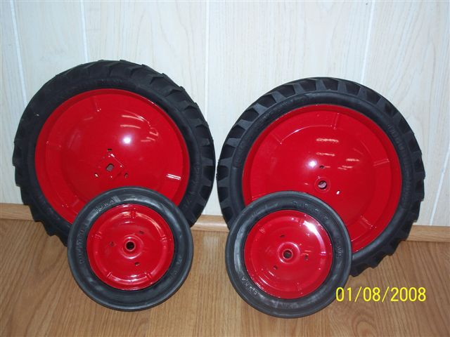 Pedal Tractor Replacement Parts : Eska mounted red